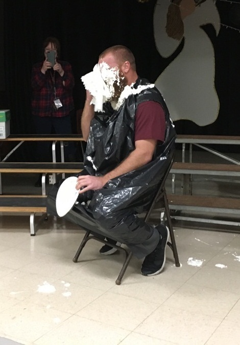 Mr. Burns gets a PIE in the FACE!