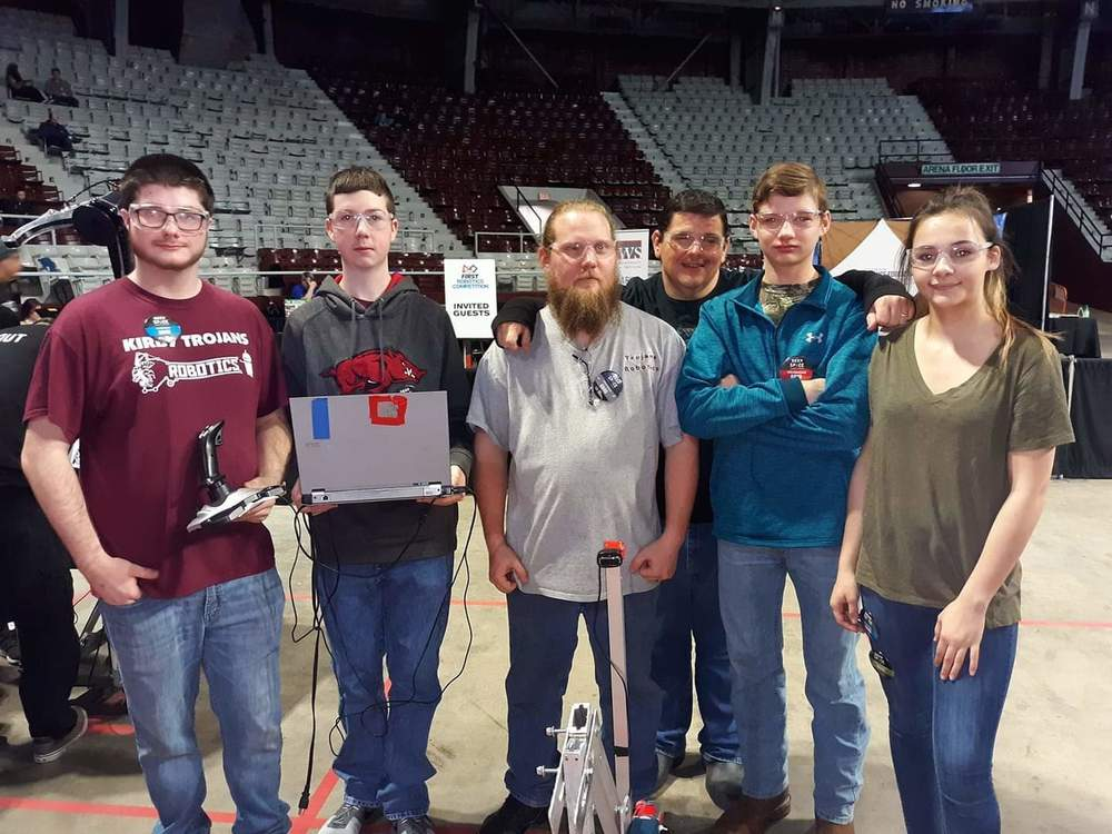 Trojan Robotics Compete in Rock City Regional