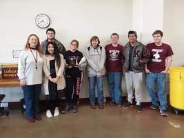 Trojan Chess Team Qualifies for State Competition