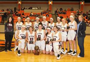 Lady Trojans Win Nashville Bankers Tournament